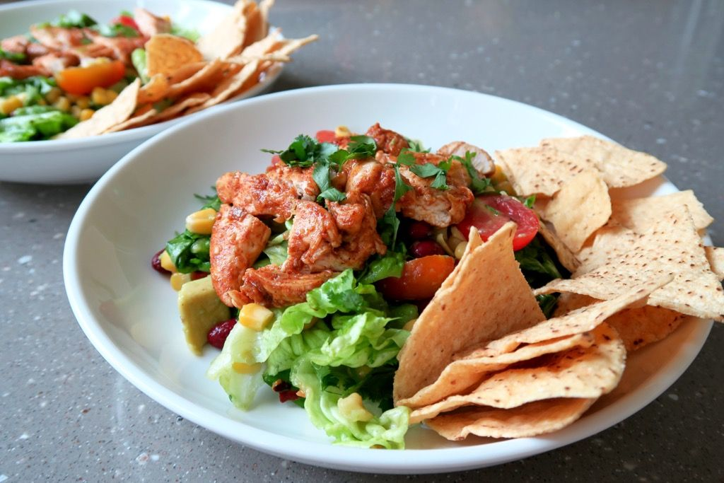 How To Make A Seriously Delicious Chicken Taco Salad